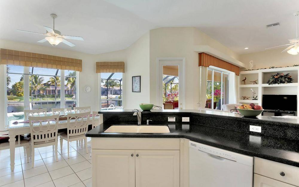 2213 SW 52nd St, Cape Coral - House For Sale 1398087639