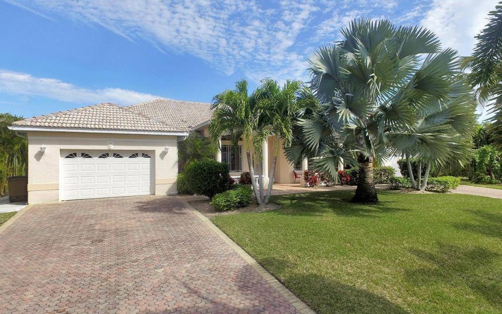 2213 SW 52nd St, Cape Coral - House For Sale 1069066243