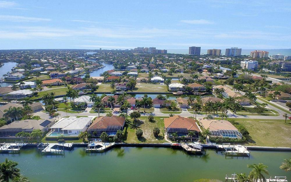 798 Caribbean Ct, Marco Island - Lot For Sale 461666246