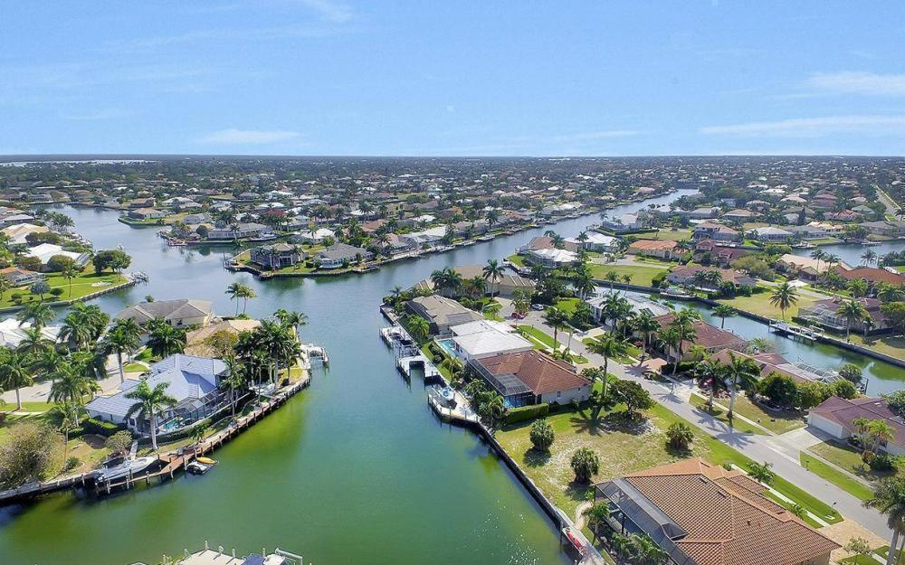 798 Caribbean Ct, Marco Island - Lot For Sale 718382797