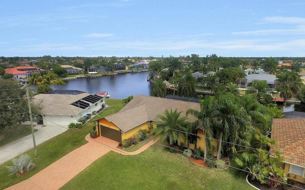 5311 SW 22nd Ave, Cape Coral - House For Sale 2138658525