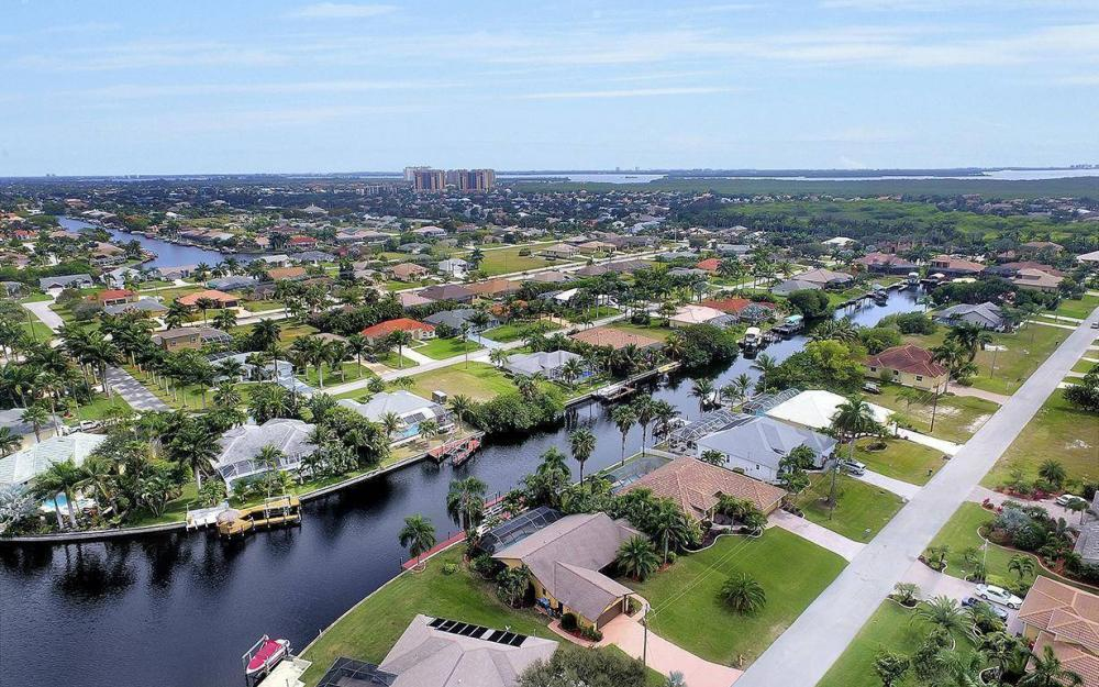 5311 SW 22nd Ave, Cape Coral - House For Sale 298929462