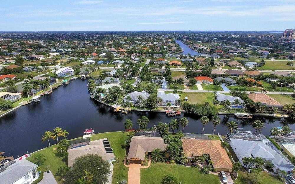 5311 SW 22nd Ave, Cape Coral - House For Sale 1933678086