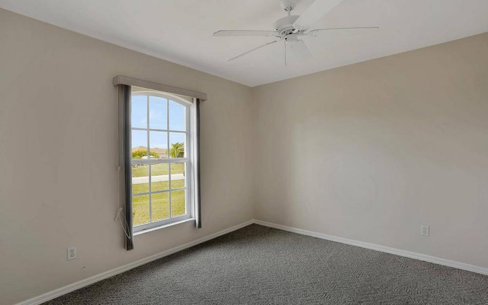 215 Rue Labonne Rd, Fort Myers - House For Sale 460723372