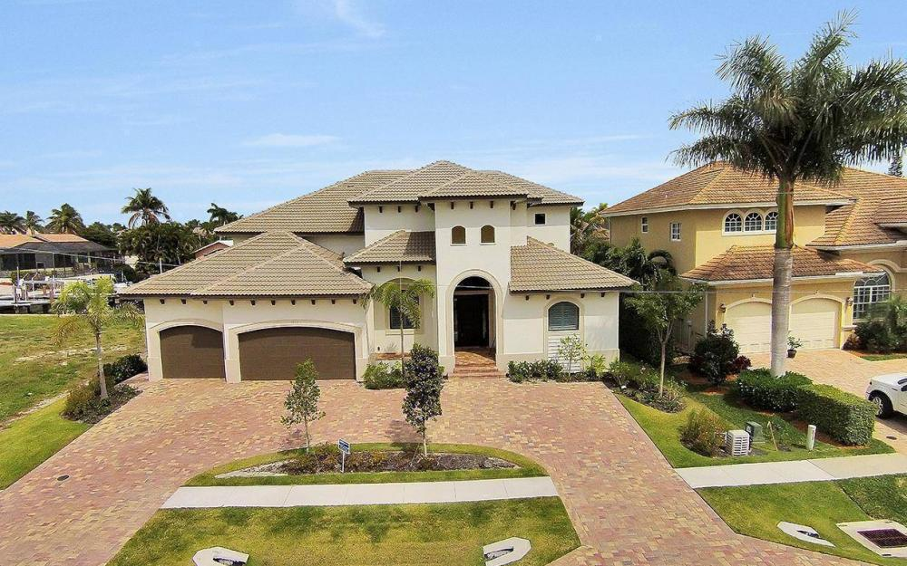 1812 Maywood Ct, Marco Island - House For Sale 1755754309