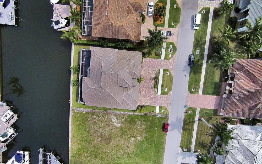 1812 Maywood Ct, Marco Island - House For Sale 128276093