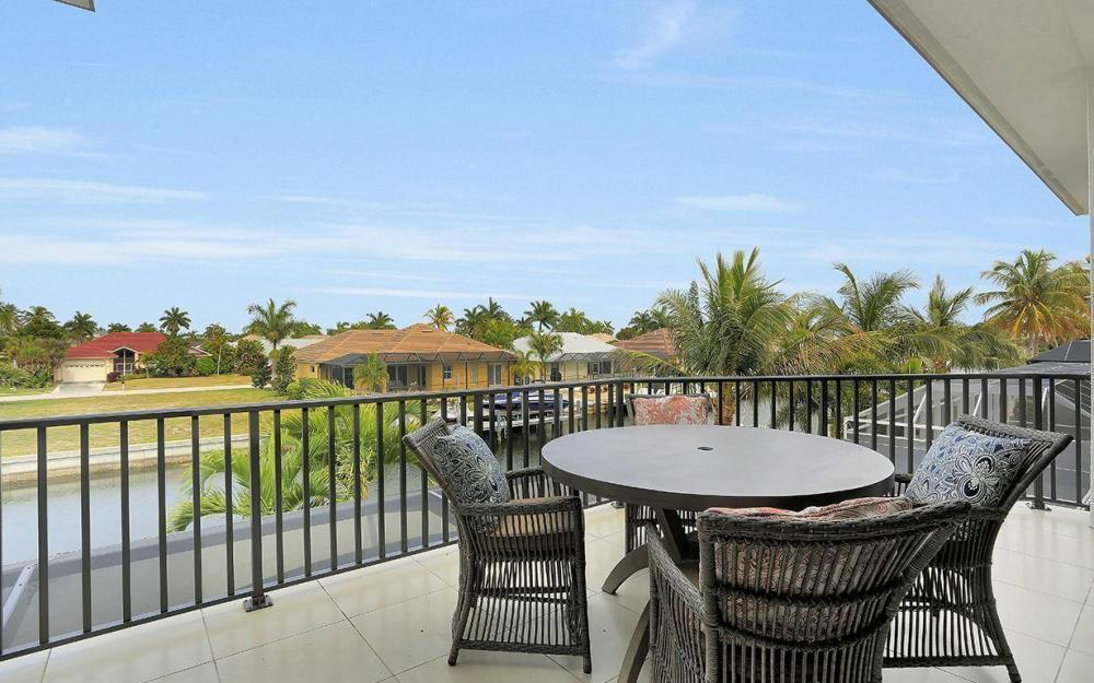 1812 Maywood Ct, Marco Island - House For Sale 487824372