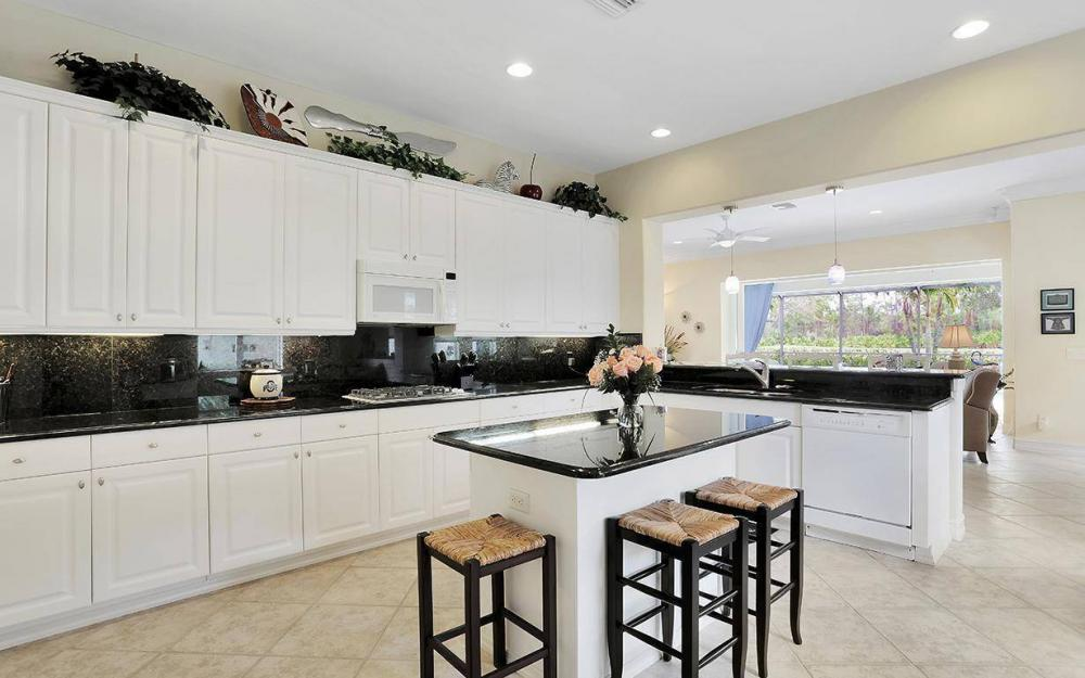 10509 Bellagio Dr, Fort Myers - House For Sale 400856580