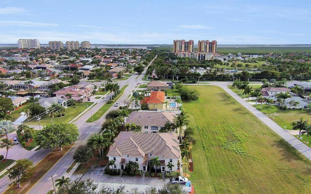 5406 Chiquita Blvd #103, Cape Coral - Condo For Sale 1229351021