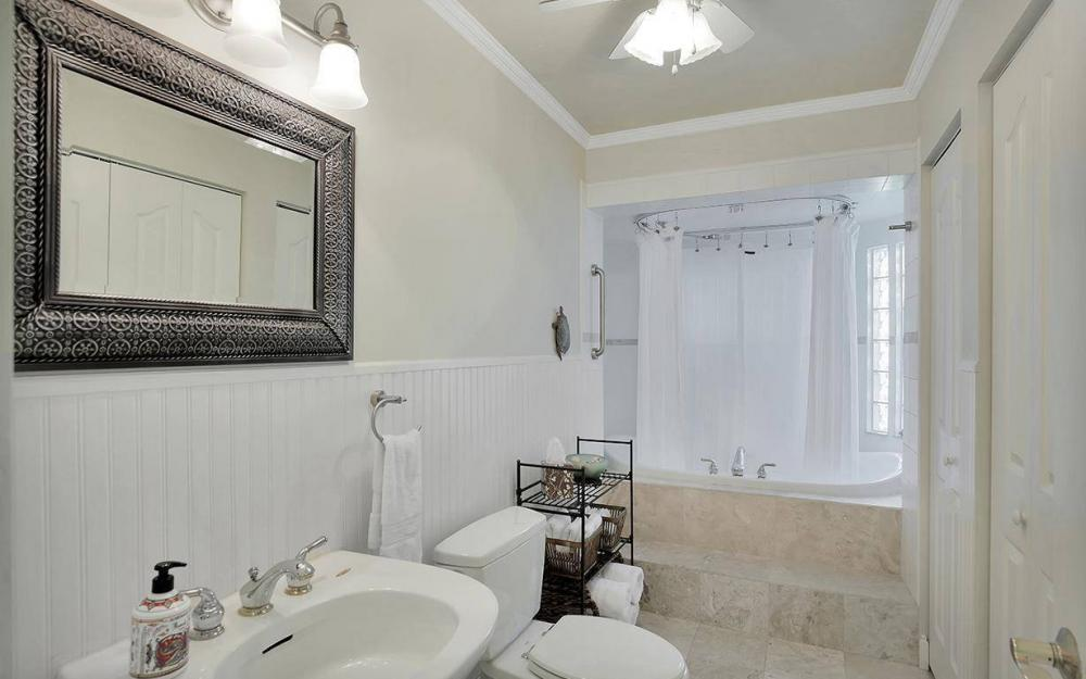 1294 13th St N, Naples - House For Sale 550672042