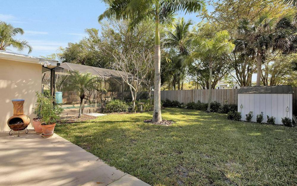 1294 13th St N, Naples - House For Sale 843799082