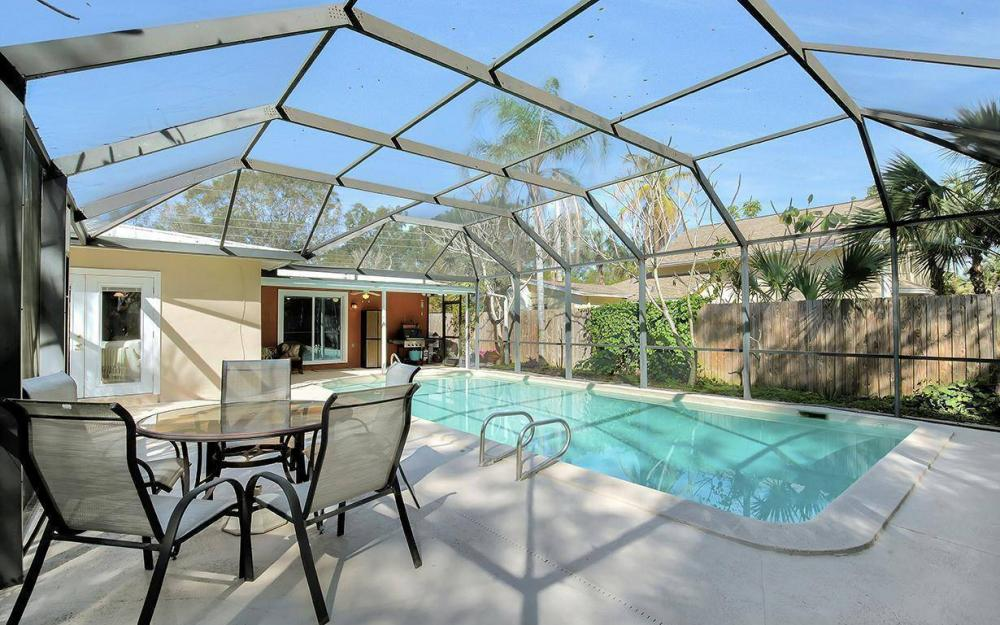 1294 13th St N, Naples - House For Sale 379115651
