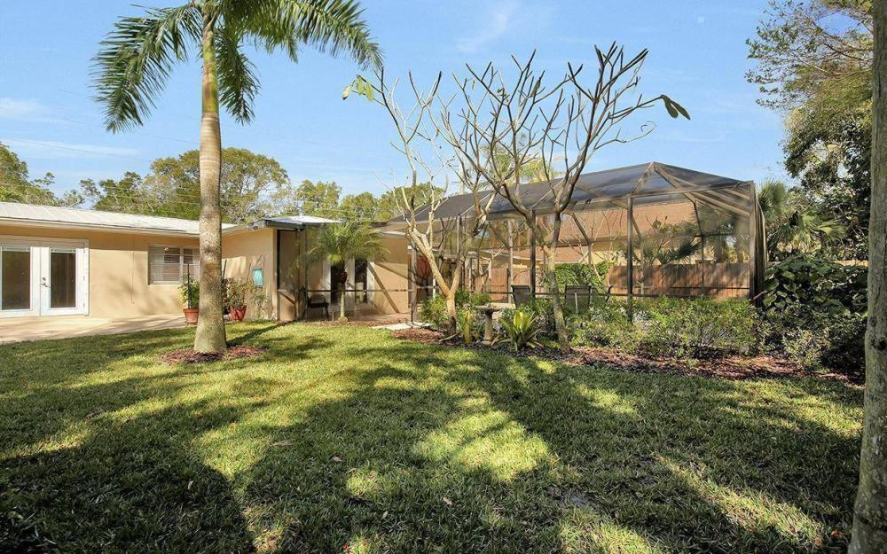 1294 13th St N, Naples - House For Sale 551234585