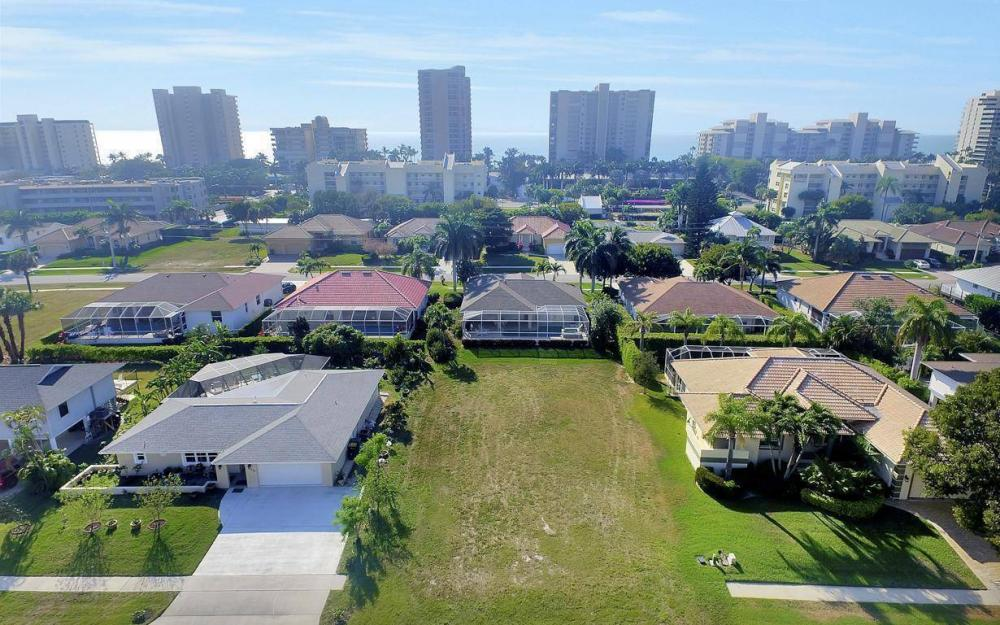 848 Swan Dr, Marco Island - Lot For Sale 60039630