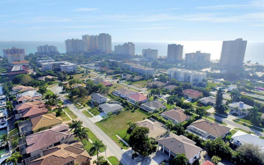 848 Swan Dr, Marco Island - Lot For Sale 638749421