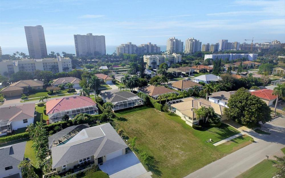 848 Swan Dr, Marco Island - Lot For Sale 250049715