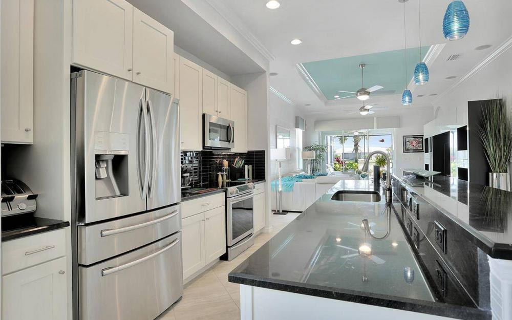 10441 Materita Dr, Fort Myers - House For Sale 2109102153