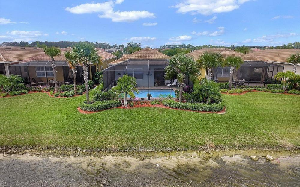 10441 Materita Dr, Fort Myers - House For Sale 652450795