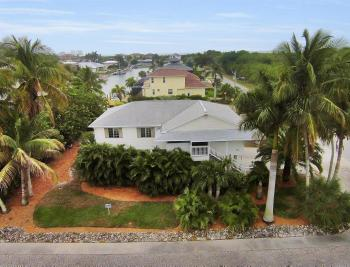 301 Colonial Ave, Marco Island - House For Sale 1669251692