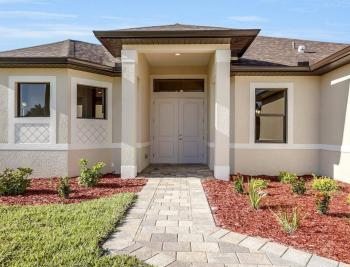 718 SW 12th St, Cape Coral - House For Sale 629510839