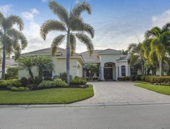 2718 Olde Cypress Dr - Naples Real Estate 411394396
