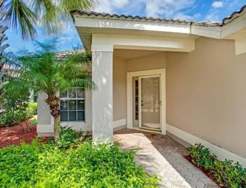 9542 Hemingway Ln - Fort Myers Real Estate 1167219077