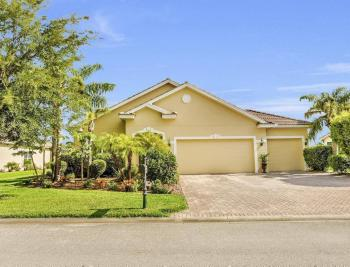 13494 Little Gem Cir, Fort Myers - Home For Sale 619562829