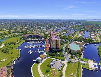 5793 Cape Harbour Dr #918, Cape Coral - Condo For Sale 820086882