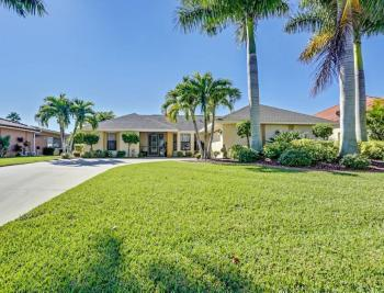 2208 Everest Parkway - Cape Coral Real Estate 2039406445