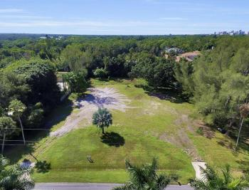 142 Eugenia Dr, Naples - Lot For Sale 889517294