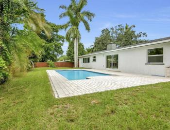 1260 Biltmore Dr, Fort Myers - Home For Sale 965609467