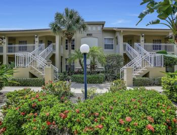 4161 Sawgrass Point Dr unit 101, Bonita Springs - Condo For Sale 264216366