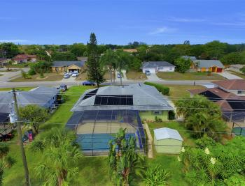 2716 44th St SW, Naples - Home For Sale 179573673