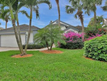 33 Grey Wing Pt Naples - Home For Sale 965830022