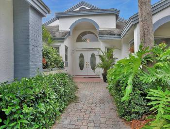33 Grey Wing Pt Naples - Home For Sale 764064639