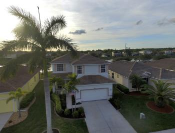 2662 Sunset Lake Dr, Cape Coral - Home For Sale 773920517