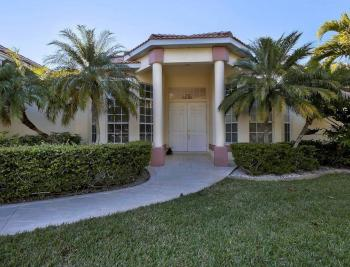 527 SW 53rd Ter, Cape Coral - House For Sale 1886702942