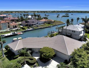 561 Hammock Ct, Marco Island - Home For Sale 1859439404