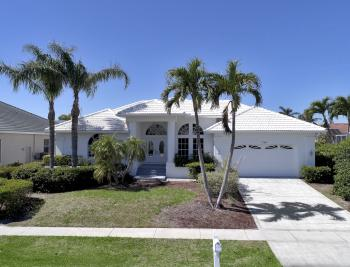 746 Orchid Ct, Marco Island - Home For Sale 424669506