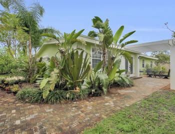 1399 Cooper Dr, Naples - Home For Sale 1822550391