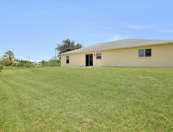816 Unger Ave, Fort Myers - Home For Sale 1257821545