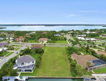 510 S Barfield Dr, Marco Island - Lot For Sale 1206115889