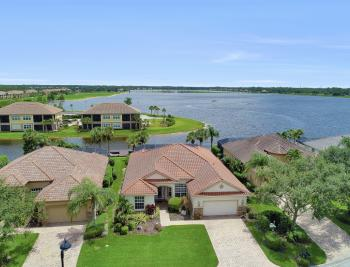8818 Spinner Cove Ln, Naples - Home For Sale 494048013