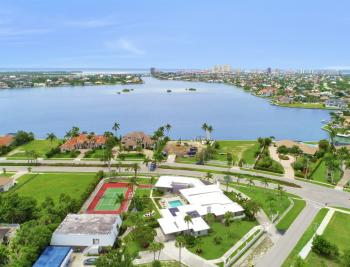 551 S Barfield Dr, Marco Island - Home For Sale 420227329