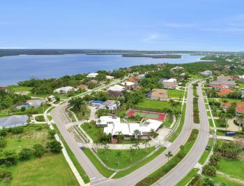 551 S Barfield Dr, Marco Island - Home For Sale 1362439702