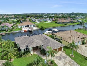 2613 SW 26th Ter Cape Coral - Home For Sale 1957450210