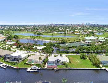 467 Nassau Ct, Marco Island - Home For Sale 981859821
