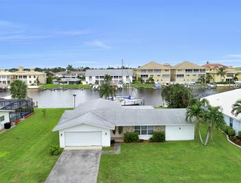 1709 SE 43rd St, Cape Coral - Home For Sale 1348241629