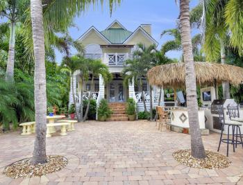 1992 Bahama Ave, Fort Myers - Home For Sale 508741742