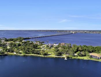 9808 Ensign Ct, Fort Myers - Home For Sale 441643446